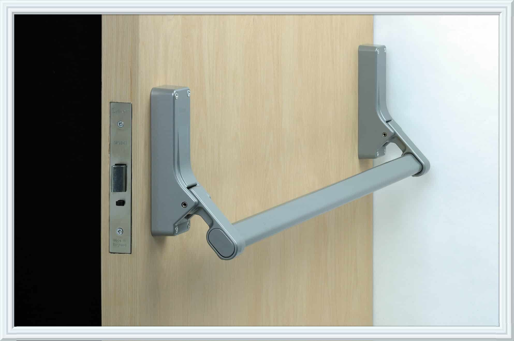 Panic door cal royal combo5000eo36al push bar panic exit for Exterior panic hardware